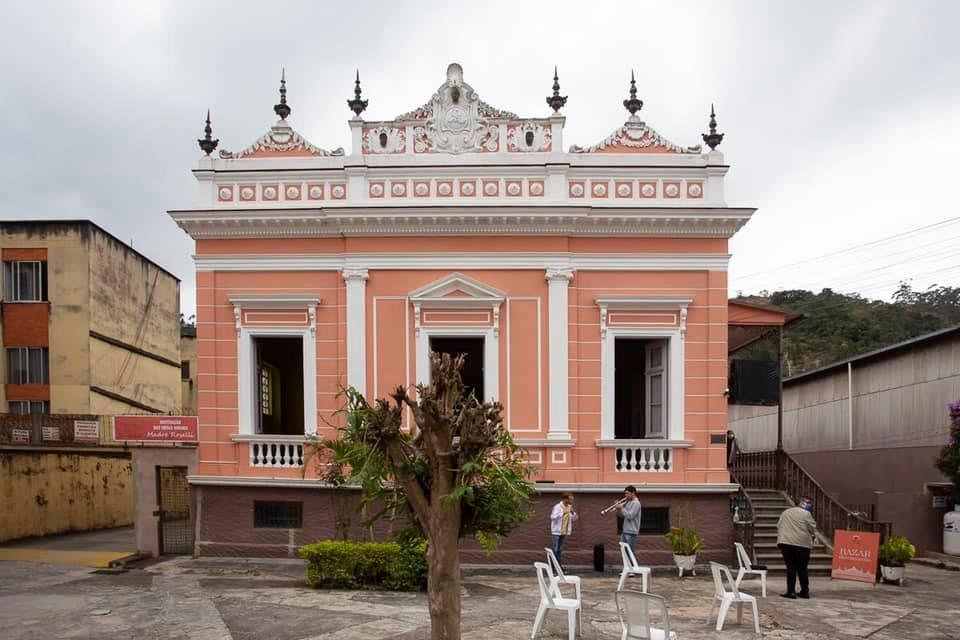 Bazar da Casa Madre Roselli é reaberto